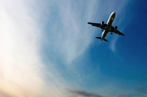 aircraft flying XL